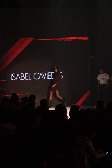 isabel-caviedes-rockstar-en-la-pasarelaaa